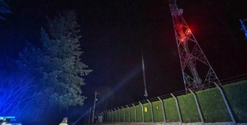Во Франции противники 5G сожгли вышку и оставили 1,5 миллиона человек без связи