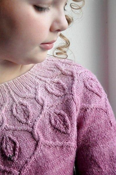 """Пуловер """"Танцующие листья""""  Вязание сверху вниз по кругу. Набирала..."""