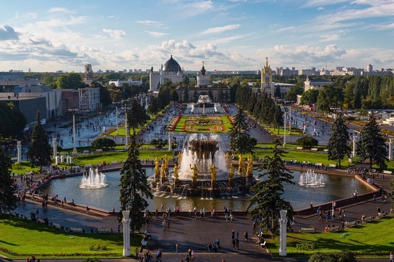 С чем у вас ассоциируется ВДНХ? Москва