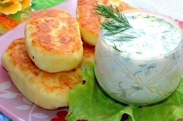 Картофельные оладьи с сыром.