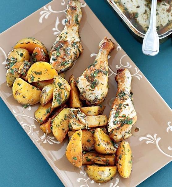 Картошка с курочкой    Сохрани рецепт этой вкуснятины!...
