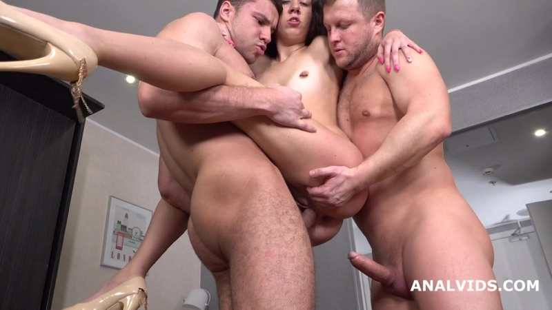 Wet in Russia, Katty West 2on1 Balls Deep Anal, DP, Pee Fountain and Cum in Mouth GL150
