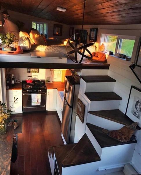 Уютный крошечный домик