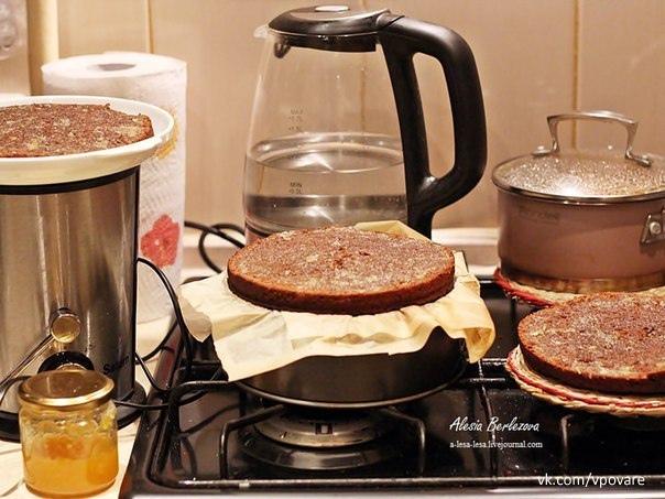 """Торт """"Прага""""  Очень просто (как оказалось))) и вкусно!  Вам потребуется:  Диаметр..."""