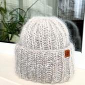 Мохеровая шапка с одним отворотом