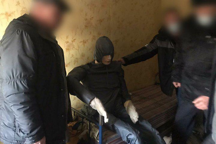 В Царевщине 49-летний местный житель задушил приятеля, с которым он раньше сидел...
