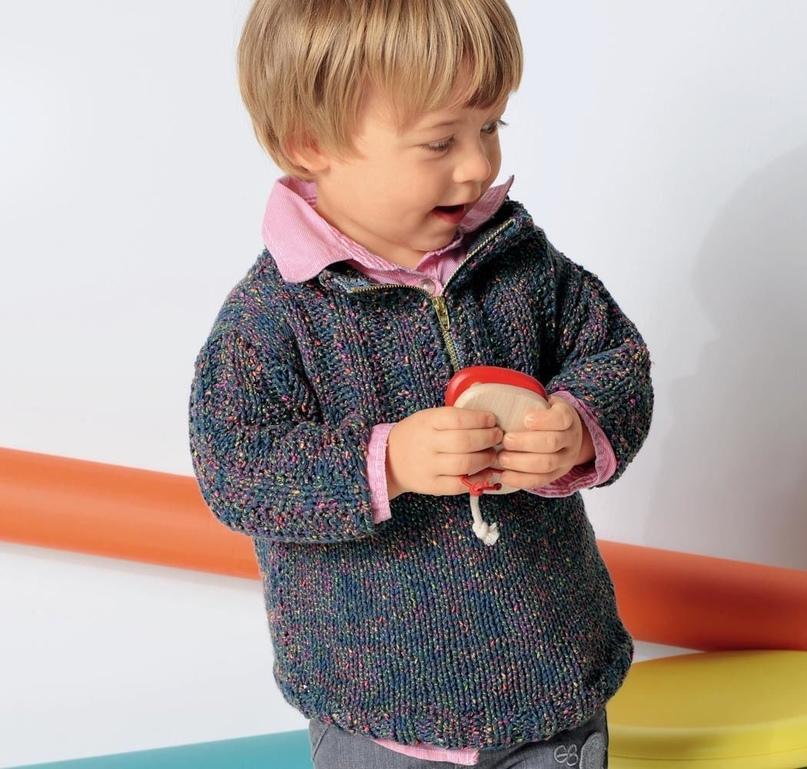 Детский пуловер с воротником на молнии