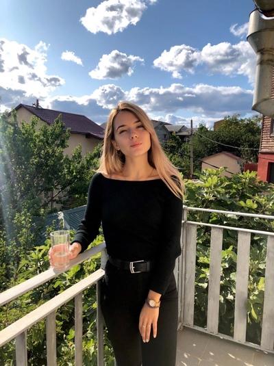 Евангелина Голубева, Москва