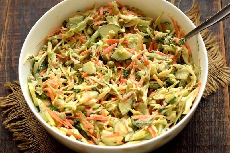 Салат Овощное раздолье— это настоящий кладезь витаминов. В состав блюда входят с...