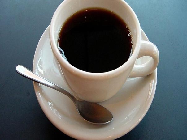 6 ПРИЗНАКОВ ТОГО,ЧТО ВЫ ПЬЕТЕ МНОГО КОФЕ  Можно ли пить много кофе? Этот вопрос обсуждают уже давно, однако сделать какие-то общие выводы среди обилия информации достаточно трудно. Все мы знаем и о тех, и о других аспектах, но все же не ост...