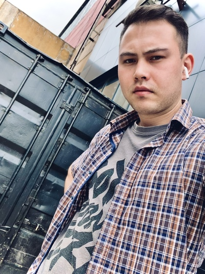 Nick Petroff, Москва