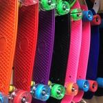 Скейтборд (пенниборд) 22 дюйма со светящимися колёсами