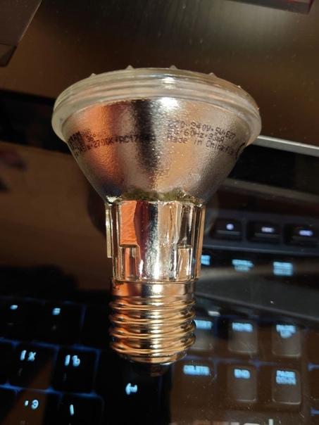 «В данной лампе все светодиоды и кристаллы в...