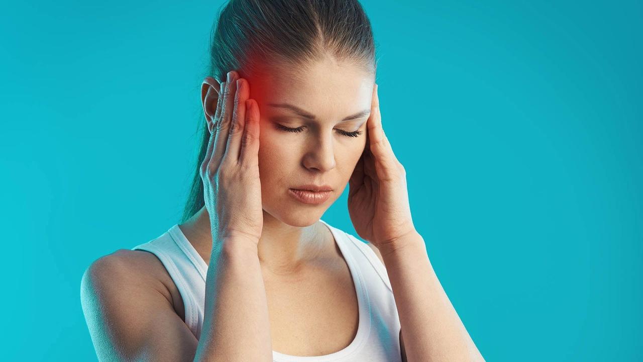 Если мучают головные боли, вам помогут несложные упражнения: