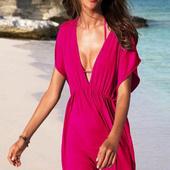 Платье для пляжа цвета фуксии