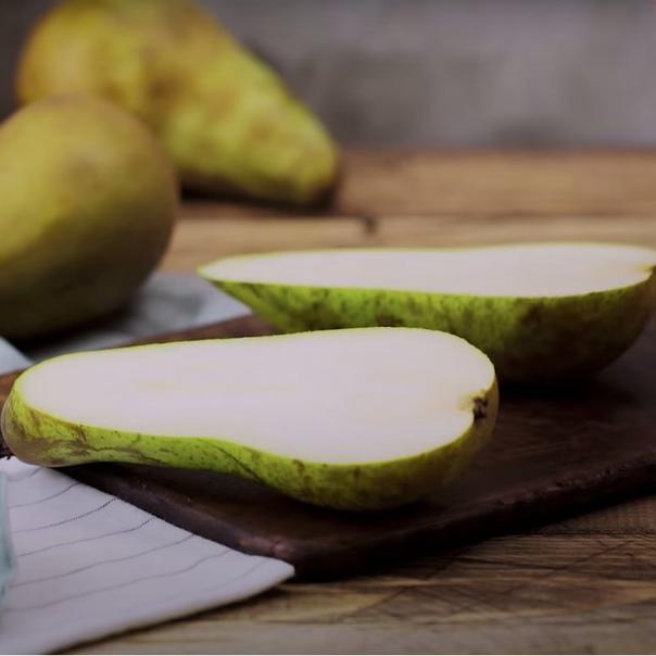 Тарт Татен с грушами и пряной карамелью🍐🍭