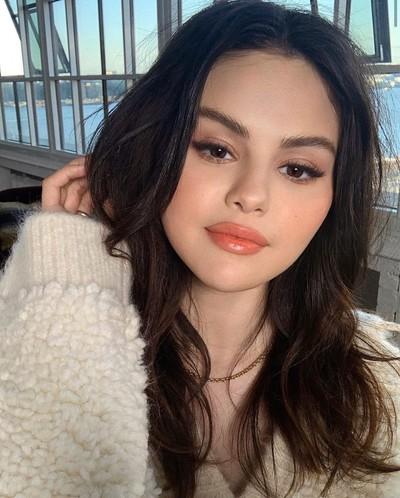 Selena Petrova, Los Angeles