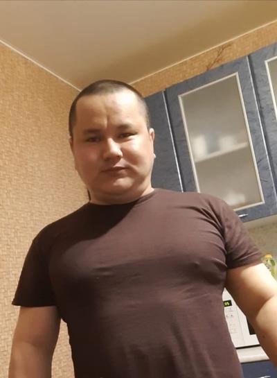 Адельбек Умурзаков, Волжский