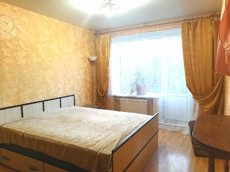 Сдам свою 2 к.квартиру на Светлановском пр. д.72. к.1.