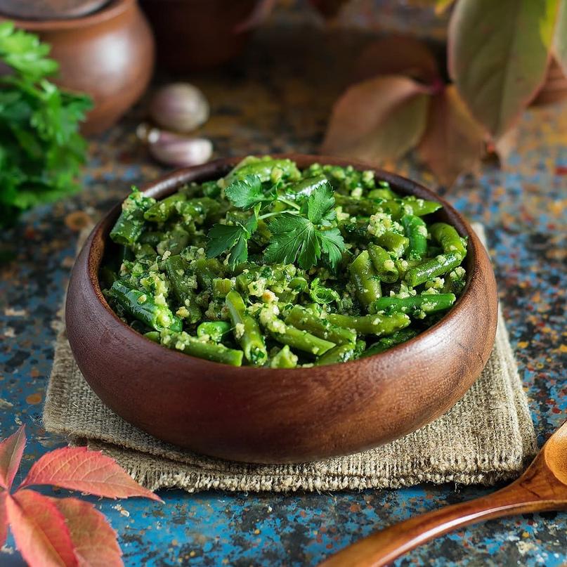 Зеленая фасоль с соусом песто 😋