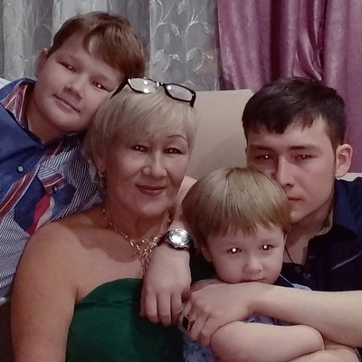 Максума Яныбекова, Новый Уренгой