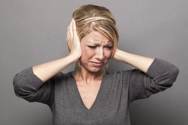 Ощущение гула или звона в голове имеет немало причин. Стоит разобраться в них, ч...
