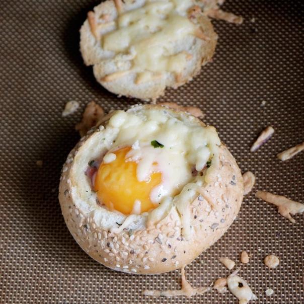 Завтрак в булочке    Ингредиенты:  Булочка — 1...