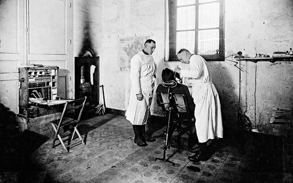Суровая стоматология прошлого века