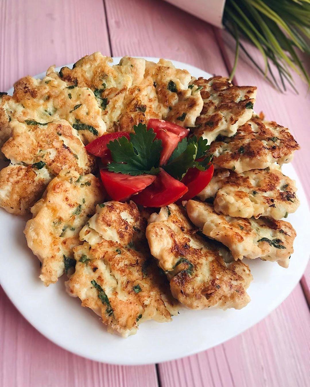 Очень вкусные куриные котлетки с сыром