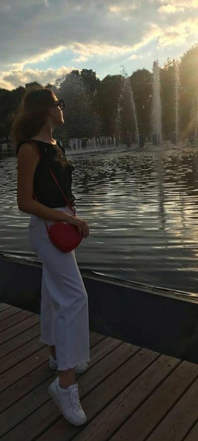 Виктория Чикарина