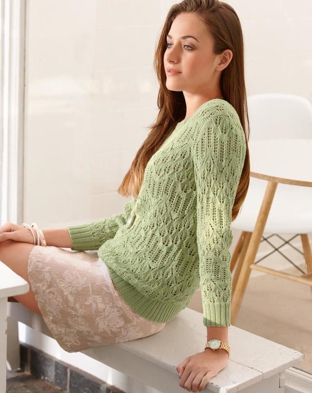 Пуловер цвета шалфея