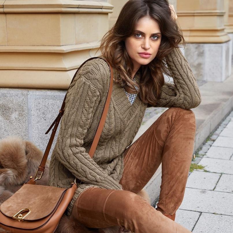 Рельефный пуловер с V-образным вырезом