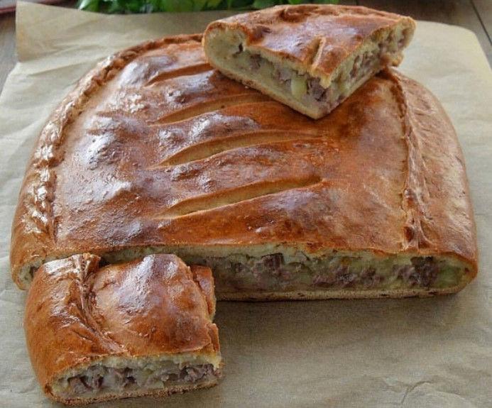 Готовим дома. Пирог с мясом и картофелем на кефирном тесте. Вкусный и сочный!