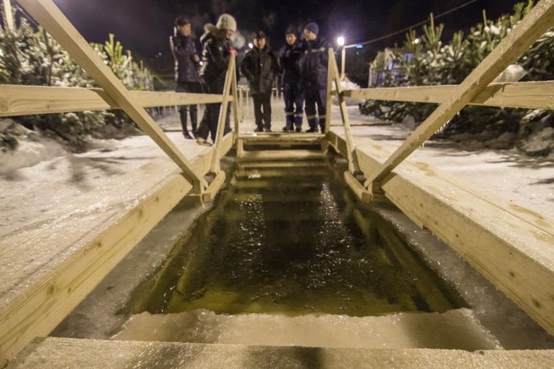 Мэрия: Несанкционированные крещенские купания будут пресекать