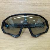 Очки ELAX широкие с вентиляцией. Черные в крапинку, серая линза