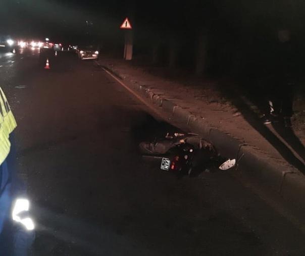 Добрый день. 09.10.2021 в пределах 8-8:30 часов вечера на трассе Алушта-Симферополь (оливковая роща) произошла авария… Мужчина ехавший... Севастополь