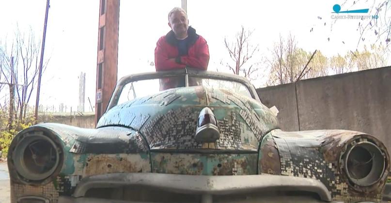 Владелец «Победы» превратит раритетный автомобиль в точку буккросинга  Вместо крыши у машины появится стеклянный короб, в... [читать продолжение]