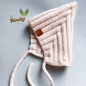 Шапка детская гномик с уголком (пикси хет) размер на 0-6 месяцев
