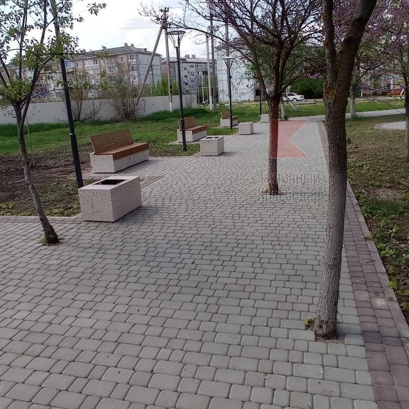 Максимум безграмотности и рукожопства продемонстрировали в Гулькевичах, благоустраивая сквер