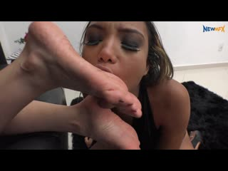 Watch TAKING CARE OF YOUR FEET - Brazil Lesbian Brazil Lesbian Foot Licking Brazil Lesbian Foot Worship Fetish Lesbian