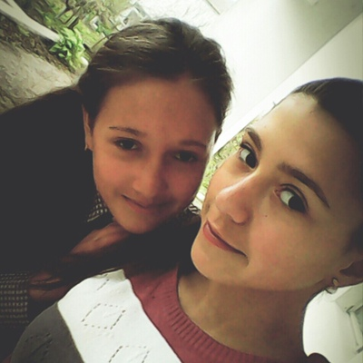 Анюта Мельниченко, Дивизия