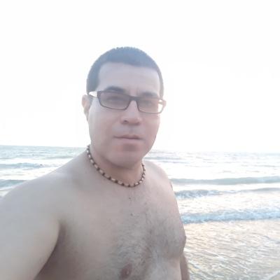 Ашир Аманов, Хазар