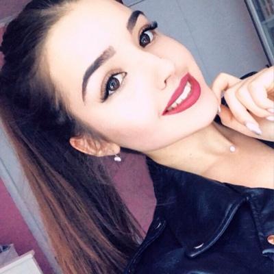 Эмилия Аджихай