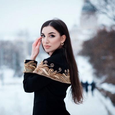 Виктория Циколия