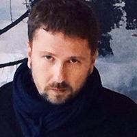 Анатолий Шарий