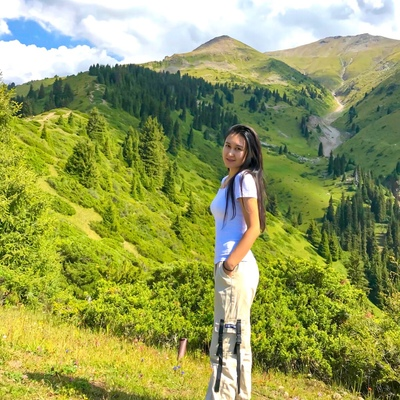 Анель Шитай, Алматы