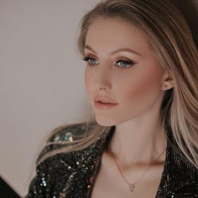 Анжелика Антонова, Барнаул