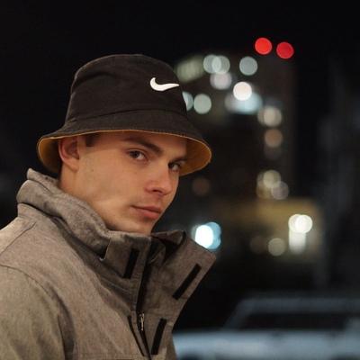 Валерий Сивков, Омск