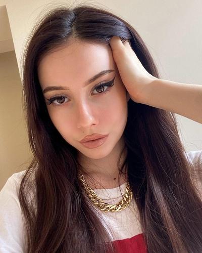 Лиза Кашульская, Москва