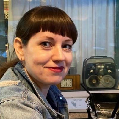 Яна Чурмантеева-Комиссаров, Благовещенск